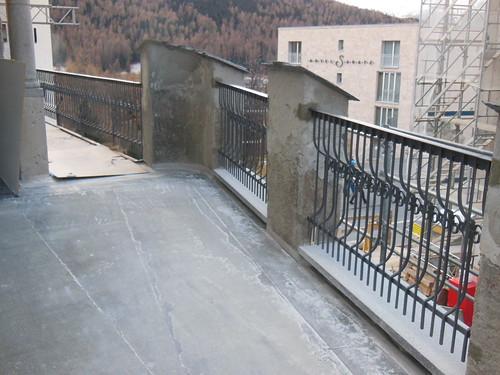 Restaurierte Geländer Terrasse Gastro