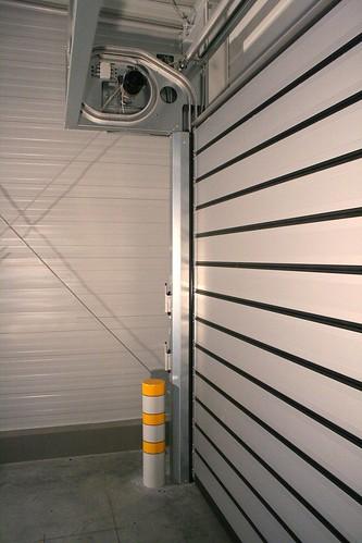 Теплые быстрые ворота для автосалона.  Теплі  швидкі ворота для автосалону. Efaflex.  Hyundai CZ-Ostrava 007