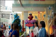 151115 Bukit Bintang 22 (Haris Abdul Rahman) Tags: leica decorations sunday streetphotography malaysia shoppingmall kualalumpur bukitbintang leicamp summiluxm35 wilayahpersekutuankualalumpur harisabdulrahman harisrahmancom fahrenheit88 typ240 xmas2015 fotobyhariscom