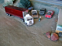 1/5/2017 (THE RANGE PRODUCTIONS) Tags: promotex model modelpower greenlight chevrolet chevy jeepcherokee dioramas diecast diecastdioramas dodge dakota 164scale 187 18wheeler semi cabover boat hoscalefigures layout