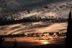 ATARDECER (ameliapardo) Tags: puestasdesol atardeceres crepusculos ocaso nubes cielo sol naturaleza airelibre