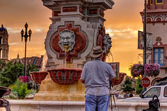 Painter's Pallet (KC Mike D.) Tags: plaza art countryclubplaza painter pallet color fountain cityoffountains kc kcmo kansascity missouri sunset