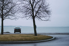 (Niko Saarinen) Tags: hernesaari munkkisaari helsinki fujifilm xe2 classicchrome fujinon35mm rainy winter solitary audi ocean itämeri balticsea
