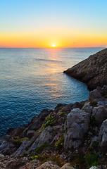 Ocaso en Punta Forcada (Jaime GF) Tags: sunset sea cliff costa seascape landscape atardecer coast mar spain nikon asturias paisaje acantilado gozn nieva d7000
