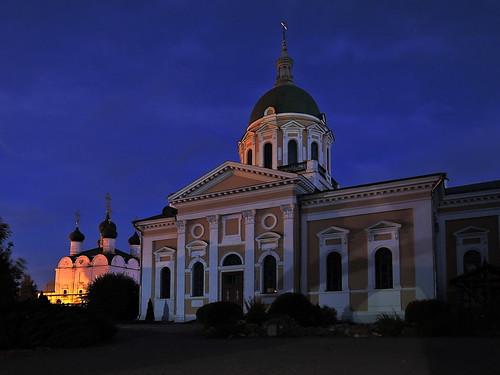 Никольский собор, XVII в. и Иоанно-Предтеченский собор, XX в. Зарайск