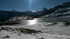 col de torrent depuis moiry 14 (valais83) Tags: soleil lac neige valais anniviers moiry autannes vivelevalais
