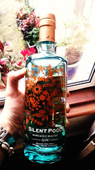 TastingBritain.co.uk - Silent Pool Gin (Koukouvaya*) Tags: food glass beautiful graphicdesign bottle hand drink spirit label beverage drinking spirits liquor drinks alcohol packaging booze proof transparent alcoholic gin fooddrink beverages foodanddrink tipsy tb industrialdesign boozy hooch aperitif gins floraldesign distilled packagingdesign tipple abv ethanol alcoholicbeverage foodblogging boozes fmcg ginbottle alcohols englishgin ginbottles iphoneography drinksindustry androidphoto drinksbusiness s5photography androidphotography tastingbritain britishgin foodanddrinkblogging fooddrinkblogging englishgins s5photo artisangin britishgins ginindustry ginbusiness drinkstrade silentpoolgin gintrade ginbottledesign