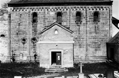 Potvorov (PS), kostel (9.4.2000)
