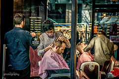 London Barbers (Alex Chilli) Tags: streetphotography street people barbers hairdresser haircut shave clippers scissors cut skill london city canon eos 70d sigma travel lens 18250