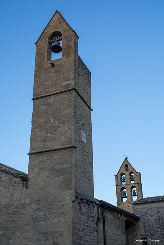 Les clochers de Saint Michel. The bell towers of Saint Michel