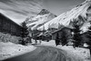Val d'Isère (Pat Charles) Tags: valdisère ski skiing snow winter alps alpes alpine leadinglines blackwhite bw monochrome lodge hotel peak mountains nikon chalet tree pine