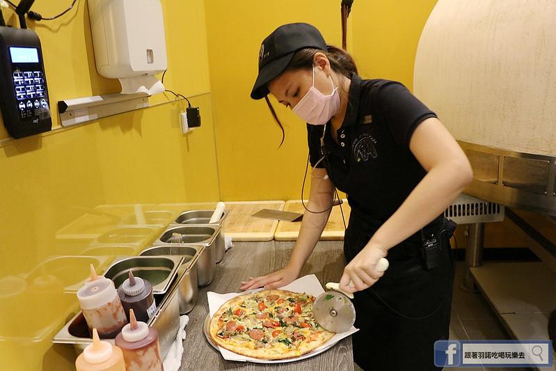 愛翻派美式Pizza店南港105