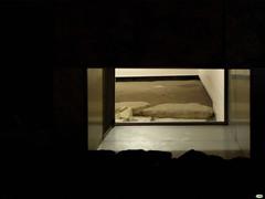 En el museo (juantiagues) Tags: ventana hueco museo piedras muralla juantiagues juanmejuto