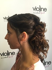 "Coiffure • <a style=""font-size:0.8em;"" href=""http://www.flickr.com/photos/115094117@N03/21198124140/"" target=""_blank"">View on Flickr</a>"