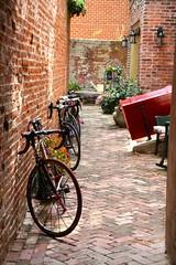 Les Bicyclettes (JKEL) Tags: philadelphia bike bicycle charming 2015 elfrethsalley bicyclettes