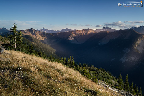 North Cascades summits in evening light