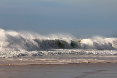 Shorebreak Sauvage (Cdric Darrigrand) Tags: ocean wave vague swell plage mimizan houle lineup shorebreak atlantique landes aquitaine hugewave