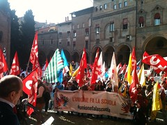 "MANIFESTAZIONE SCUOLA 24 OTTOBRE 2015 (9) • <a style=""font-size:0.8em;"" href=""http://www.flickr.com/photos/99216397@N02/22300987698/"" target=""_blank"">View on Flickr</a>"