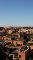 Marrakesh 6019 (Thorbard) Tags: africa city building buildings cityscape northafrica bluesky palm morocco palmtree marrakech marrakesh canonef40mmf28stm canon40mmpancake