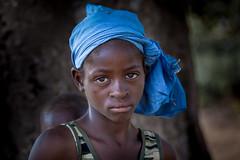 Burkina Faso: enfant de l'ethnie Sénoufo. (claude gourlay) Tags: burkinafaso burkina afrique africa afriquedelouest claudegourlay portrait retrato ritratti people face ethnie ethnic sénoufo tribru