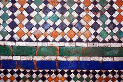 Dar Si Said / path border (Images George Rex) Tags: marrakech marrakechsafi morocco darsisaidmuseum muséedarsisaïd zellige zellig zellij floor courtyard photobygeorgerex imagesgeorgerex maroc marrakesh ma ⵜⴰⴳⵍⴷⵉⵜⵏⵍⵎⴰⵖⵔⵉⴱ المملكةالمغربية mosaic path