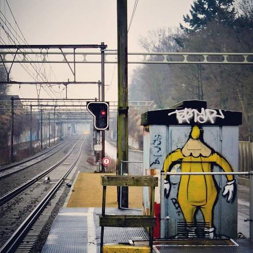 #train #guard / #Art by #lescrayons - #groenendaal #brussels #Belgium #streetart #graffiti #streetartbel #streetart_daily #urbanart #urbanart_daily #graffitiart_daily #graffitiart #streetarteverywhere #mural #wallart #bxl #ilovestreetart #igersstreetart #