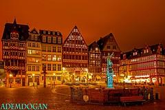 FRANKFURT RÖMERBERG (01dgn) Tags: frankfurt deutschland germany almanya hessen night gece colors red frankfurtammain frankfurtrömer frankfurtrömerberg