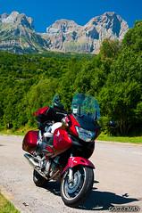 Pirineos (DOCESMAN) Tags: bike honda moto motorcycle motor pyrenees hautes pirineos deauville motorrad motorcykel moottoripyörä motocykel motorkerékpár nt700v ntv700 docesman mototsikl danidoces