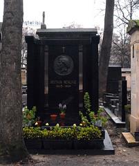 Hector Berlioz Tombstone in Cimetière de Montmartre (carolemason) Tags: flowers paris tombstone cimetièredemontmartre hectorberlioz
