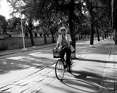 kaesong - RPD Corea (pirindao) Tags: blackandwhite blancoynegro photoshop photography photo blackwhite asia noir sony northkorea pyongyang urbanphotography coreadelnorte blancetnoir travelphotography streetphotgraphy kaesong northcorea paralelo38 pdrkorea rpdcorea pdrcorea