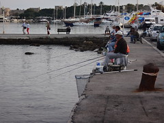 Pescadores. Rodas. Grecia (escandio) Tags: grecia mandraki rodas 2015 isladerodas rodasciudad