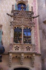 Reprenons notre déambulation à Barcelone (PierreG_09) Tags: barcelona españa architecture spain catalunya maison espagne cataluña barcelone modernisme passeigdegracia espanya casaamatller catalogne amatller joseppuigicadafalch