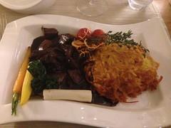 Calf liver, röstis and vegetables (Creusaz) Tags: calf liver röstis vegetables