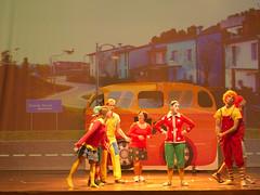 17109 - Le tentazioni di Lucignolo (Diego Rosato) Tags: pinocchio spettacolo show teatro theater nikon d700 85mm rawtherapee lucignolo canzone song ballo dance musical