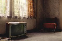 Lügenpresse. [Explored] (Johannes Burkhart) Tags: urbex abandoned decay urbanexploration schattenlicht eos5d canon tv hotel