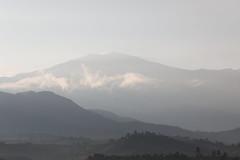 Amanecer (José M. Arboleda) Tags: nube amanecer sunrise salidadelsol dia volcán puracé popayán colombia canon eos 5d markiv ef70200f4lisusm jose arboleda josémarboledac