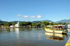 Igreja Nossa Senhora das Dores - Paraty (leal.fellipe) Tags: paraty igreja história barco canal mar montanha riodejaneiro rj