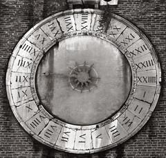 High Noon (Boganeer) Tags: sangiacomodirialto clock numerals romannumerals time venezia venice italy italia italie europe blackandwhite canon canont3i canoneos canonrebelt3i rialto sanpolo unesco unescoworldheritagesite round circle face brick hours horloge