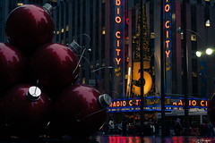 Radio City (AAcerbo) Tags: radiocitymusichall midtown manhattan newyorkcity nyc christmas decoration tourism night