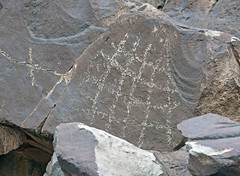 Petroglyph / Little Lake Site (Ron Wolf) Tags: anthropology archaeology atlatlcliff cainy389 greatbasinrectilinear littlelake abstract grid petroglyph rockart inyocounty california