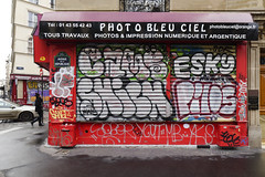 10Foot - Cams - Shiche - Esky - Pilos - Sango - Sozer - Yout - MB - YKS - SDF - NWS - (Ruepestre) Tags: 10foot cams shiche esky pilos sango sozer yout mb yks sdf nws art urbain urbanexploration paris urban france streetart street graffiti graffitis parisgraffiti graffitiparis graffitifrance shutter