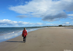 The Beach at Nairn (Mike Colyer) Tags: lighthouse castle college beach university cathedral harbour drawbridge standrews lowtide lochness inverness urquhart nairn fortgeorge chanonrypoint invermoriston