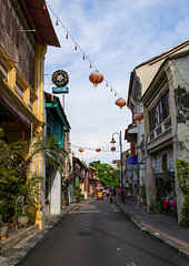Old colonial houses in the unesco world heritage zone, Penang island, George town, Malaysia (Eric Lafforgue) Tags: street old city houses house men history vertical architecture facade asian outdoors women asia southeastasia day colonial chinese decoration fulllength entrance culture georgetown architectural historic unescoworldheritagesite malaysia lanterns destination historical penang tradition ornate past groupofpeople cultures heritagebuilding cultural rowhouse penangisland traveldestinations pulaupinang buildingexterior placeofinterest penangstate colourimage traditionalbuilding builtstructure residentialstructure malay3239