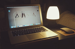 2016.12.08 (0920_HI) Tags: macbook macbookair apple magicmouse ledlamp lamp マックブック アップル ランプ