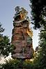 Équilibriste... (Ombre&Lumiere) Tags: châteauduvieuxwindsteinbasrhin vosgesdunord parcnaturelrégionaldesvosgesdunord 67 vestiges ruines rochers patrimoine