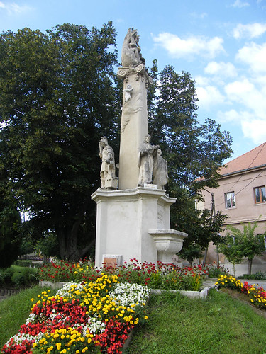 Simontornya, Szentháromság-szobor