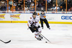 "Missouri Mavericks vs. Quad City Mallards, December 31, 2016, Silverstein Eye Centers Arena, Independence, Missouri.  Photo: John Howe / Howe Creative Photography • <a style=""font-size:0.8em;"" href=""http://www.flickr.com/photos/134016632@N02/32090829855/"" target=""_blank"">View on Flickr</a>"