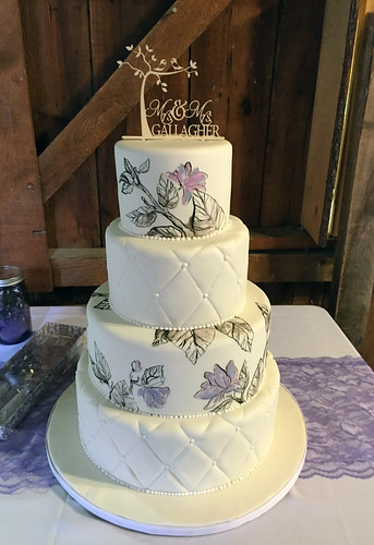 Illustrated Branches and Flowers Wedding Cake