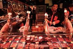 Taste My Hams ! (sebastienvillain) Tags: barcelona barcelone spain espagne xf18mm xseries xe2 fuji fujifilm streetphoto streetphotography meat viande ham jambon hams jambons butcher boucher market marché boqueria