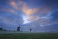20161022-Canon EOS 6D-1139 (Bartek Rozanski) Tags: stompwijk zuidholland netherlands windmill leidschendam holland nederland polder mist fog morning dawn rural traditional grondzeiler autumn